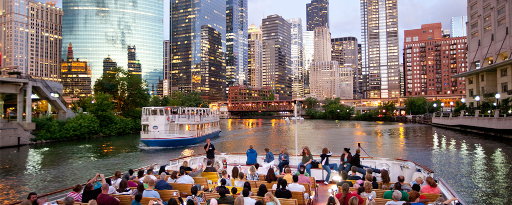 Shoreline Sightseeing Chicago River Architecture Tours