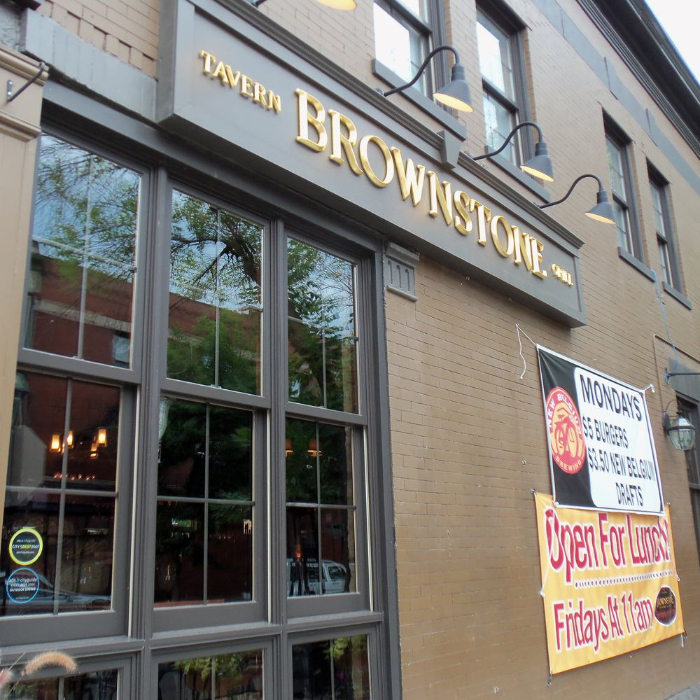 Brownstone Tavern & Grill