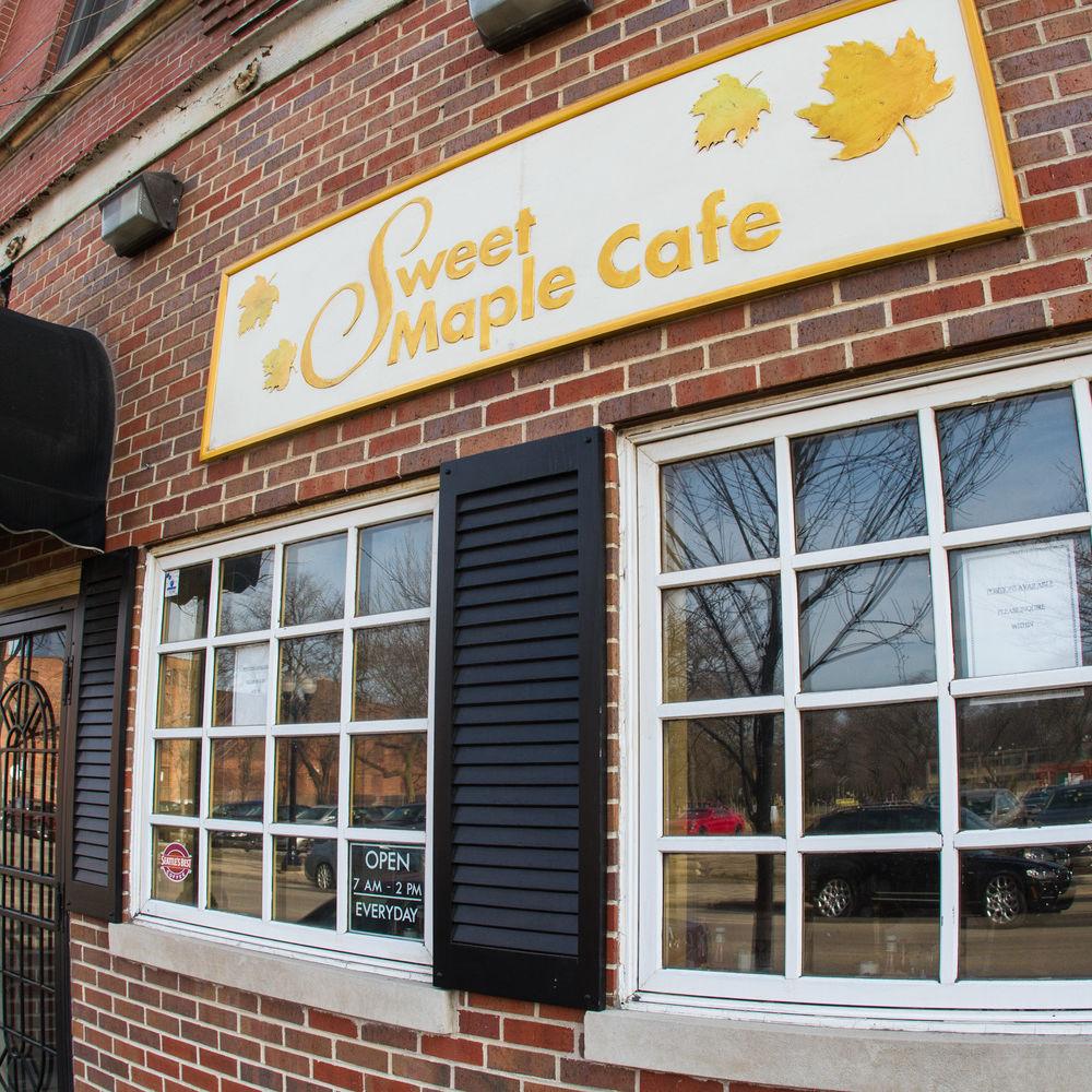 Sweet Maple Café