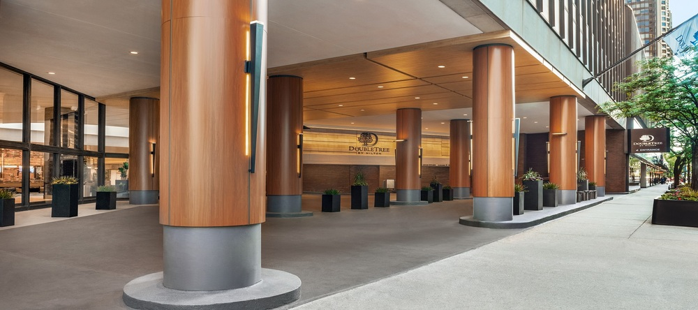 DoubleTree by Hilton Hotel Chicago – Magnificent Mile