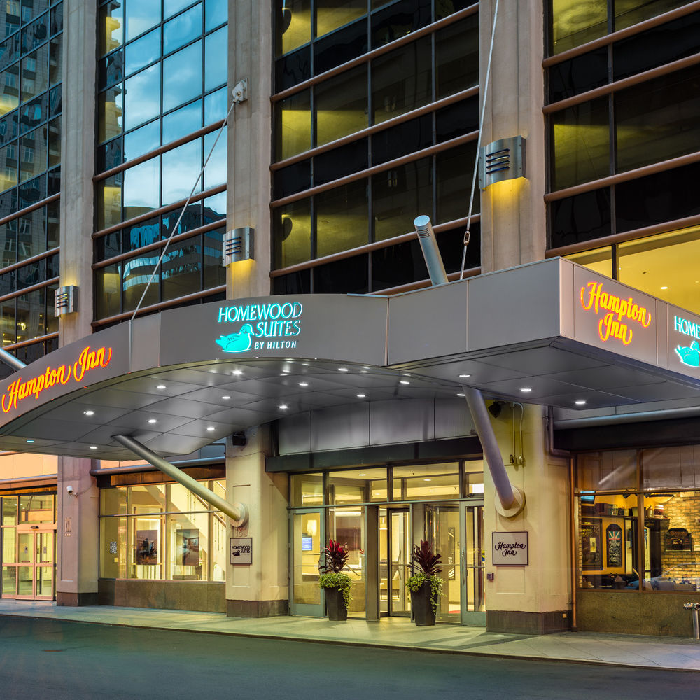 Hampton Inn Chicago Downtown / Magnificent Mile