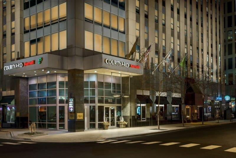 Courtyard by Marriott Magnificent Mile Chicago Downtown